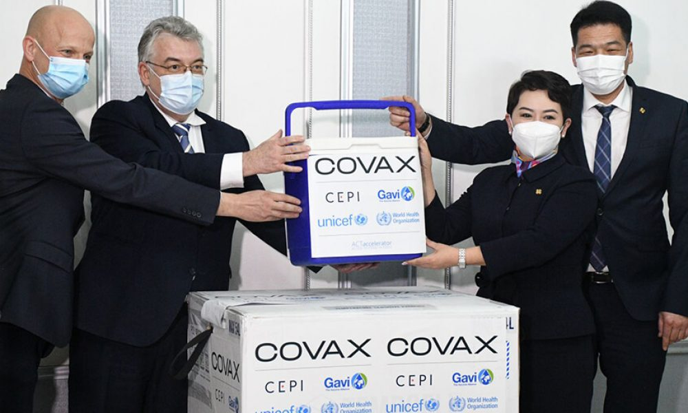 """Alex Haikens, UNICEF Resident Representative, said: """"Today, Mongolia received the first batch of 14,400 doses of AstraZeneca vaccine under the Covax program. The next 98,400 doses will be added in the coming months. We would like to thank the donors of the program. In the future, we will supply vaccines to immunize up to 20% of the population of Mongolia."""